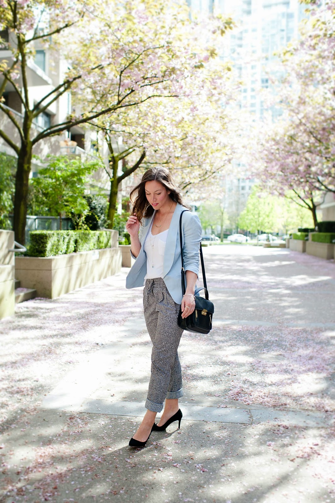 pale-blue-spring-trend-to-vogue-or-bust-7-2