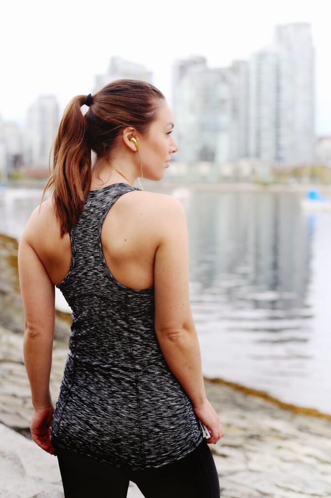 to vogue or bust, vancouver style blog, vancouver fashion blog, vancouver lifestyle blog, vancouver health blog, vancouver fitness blog, vancouver travel blog, vancouver beauty blog, canadian fashion blog, canadian style blog, canadian lifestyle blog, canadian fitness blog, canadian wellness blog, canadian travel blog, canadian beauty blog, alexandra grant, tips for beginner runners, beginner runner program, how to start running, tips for jogging, how to begin a running program, beginning running program, joe fresh tank top, joe fresh activewear, joe fresh leggings, sea wall vancouver, sea wall run vancouver, adidas running shoes, best fashion blogs, best style blogs, best lifestyle blogs, best travel blogs, best health blogs, best fitness blogs, top fashion blogs, top style blogs, top lifestyle blogs, top travel blogs, top health blogs, top fitness blogs
