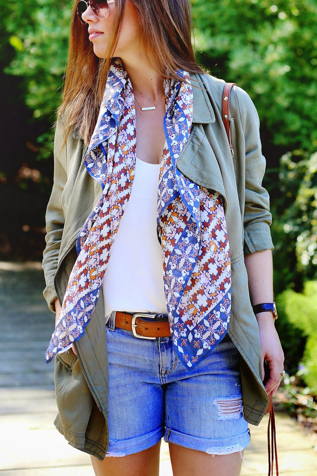 how-to-style-printed-scarves-1