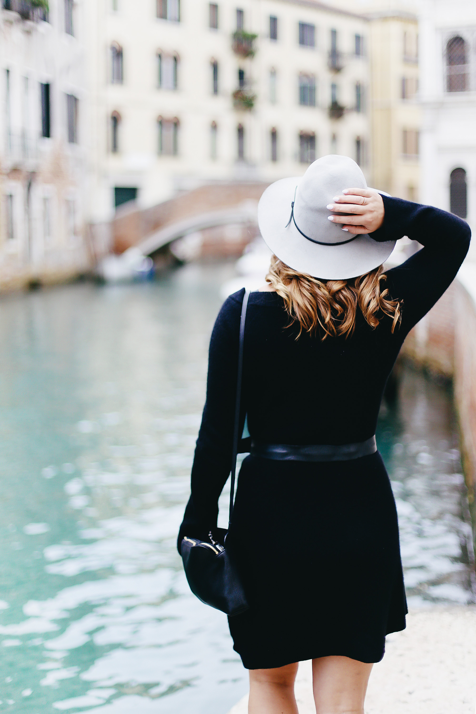 Why you should pack cashmere for travelling: White + Warren cashmere flare dress as worn by To Vogue or Bust in Venice, Italy