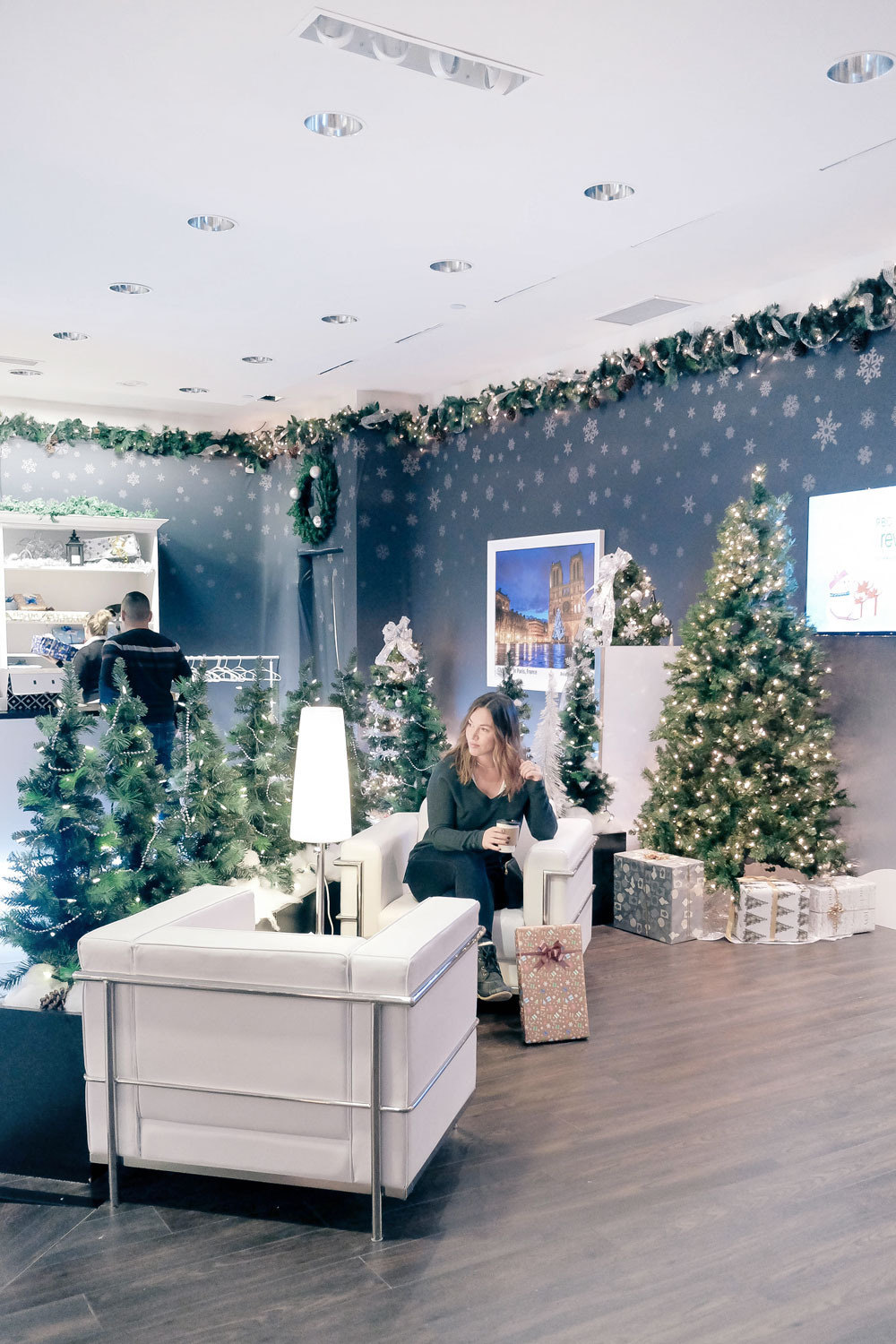 Avian Holiday Boutique at Metrotown Metropolis featured by To Vogue or Bust
