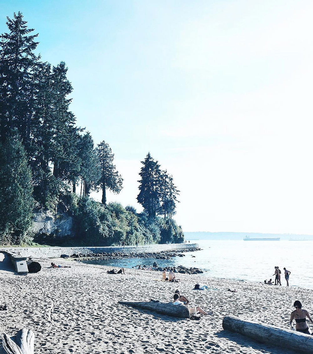 Best Instagram spots Vancouver city guide - Stanley Park, Gastown steam clock, Granville Island, Lynn Canyon Park, Lynn Canyon Suspension Bridge, Quarry Rock view, Fairview Sea Wall, Third Beach