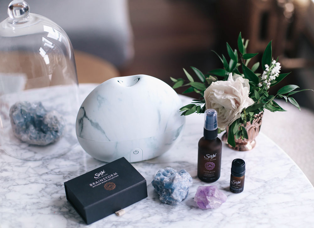 How to start meditating with Saje Wellness, Pain Release, Peppermint Halo, Namaste Mist, crystals, meditation tips, meditation space by To Vogue or Bust