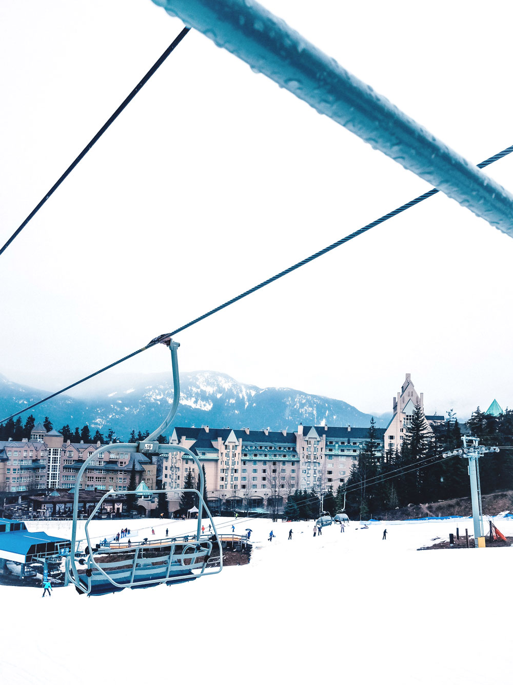 Weekend in Whistler travel guide by To Vogue or Bust - best hotels in Whistler, Fairmont Chateau Whistler, what to do in Whistler, Lost Lake Whistler, what to see in Whistler, Scandinave Spa Whistler, where to ski in Whistler, Blackcomb Mountain, Basalt Whistler, Pure Bread Whistler, Canadian travel blogger, Vancouver travel blogger, best places to stay in Whistler, what to do in Whistler in a weekend