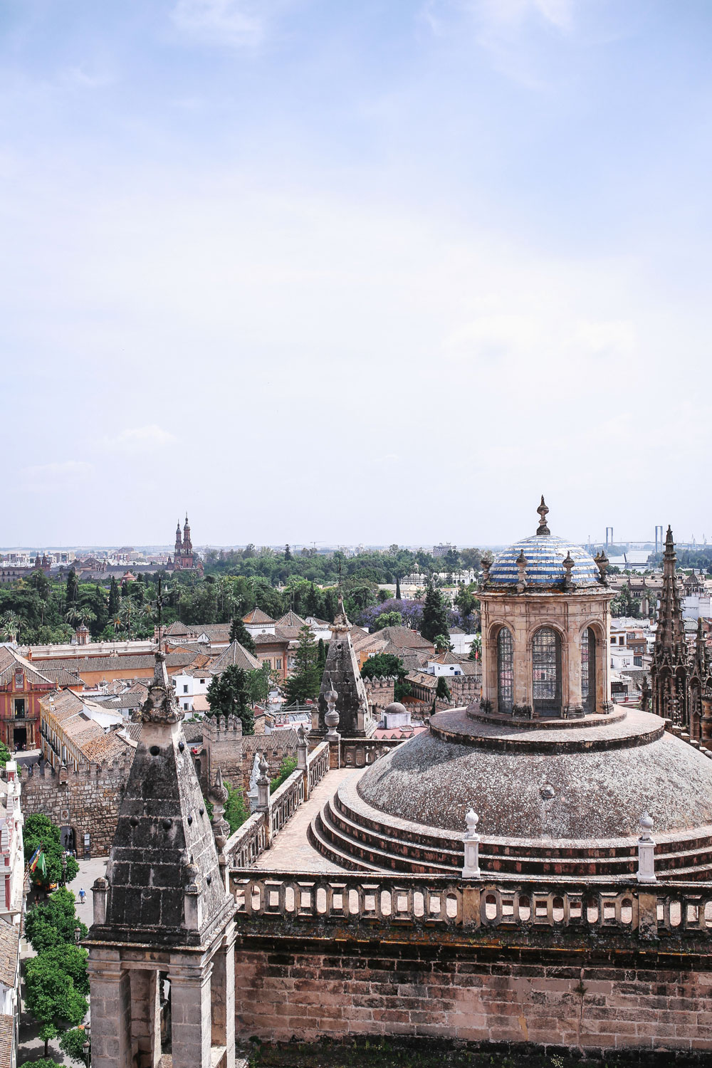 Seville cathedral tour review by To Vogue or Bust
