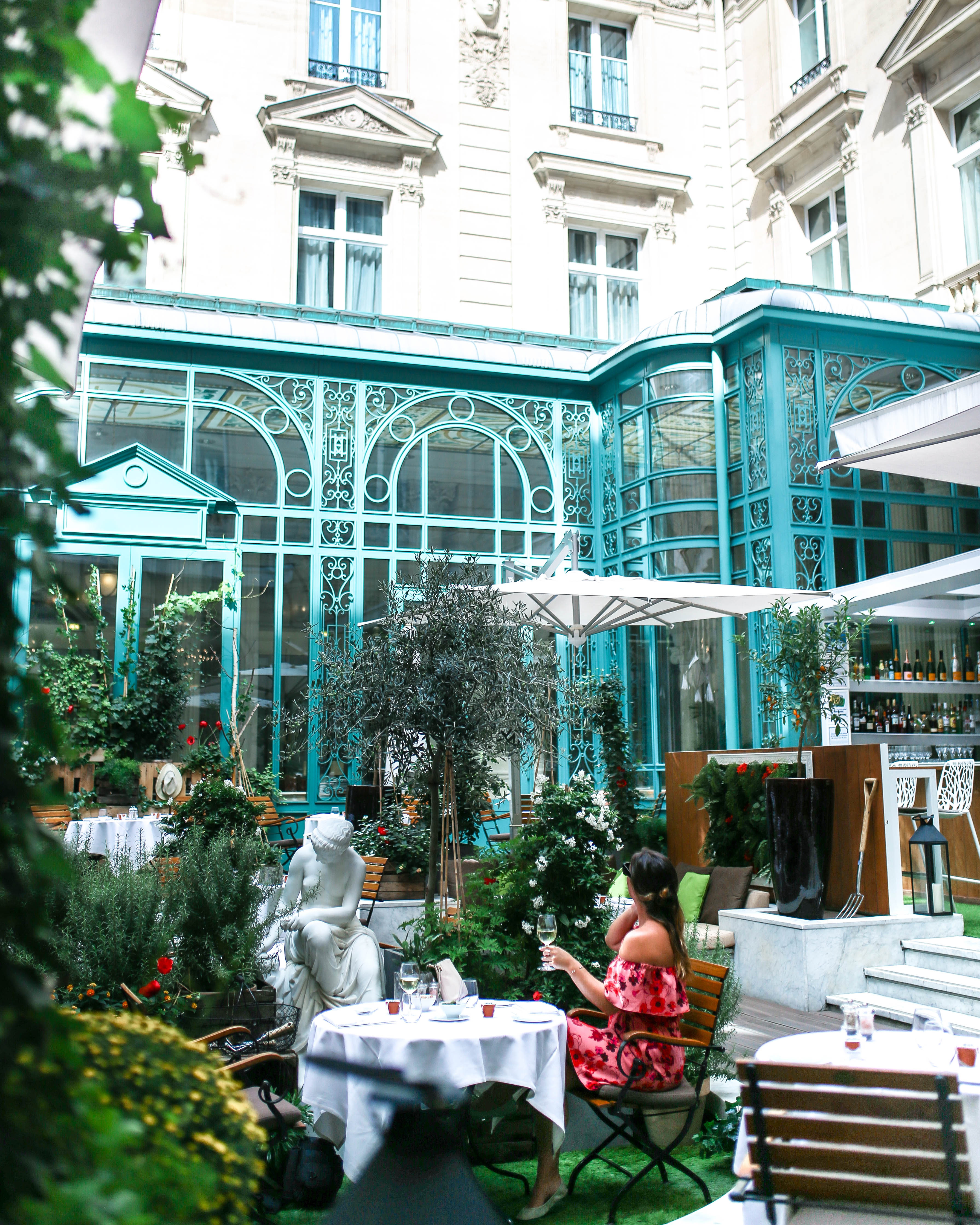 Best bistro in paris by To Vogue or Bust