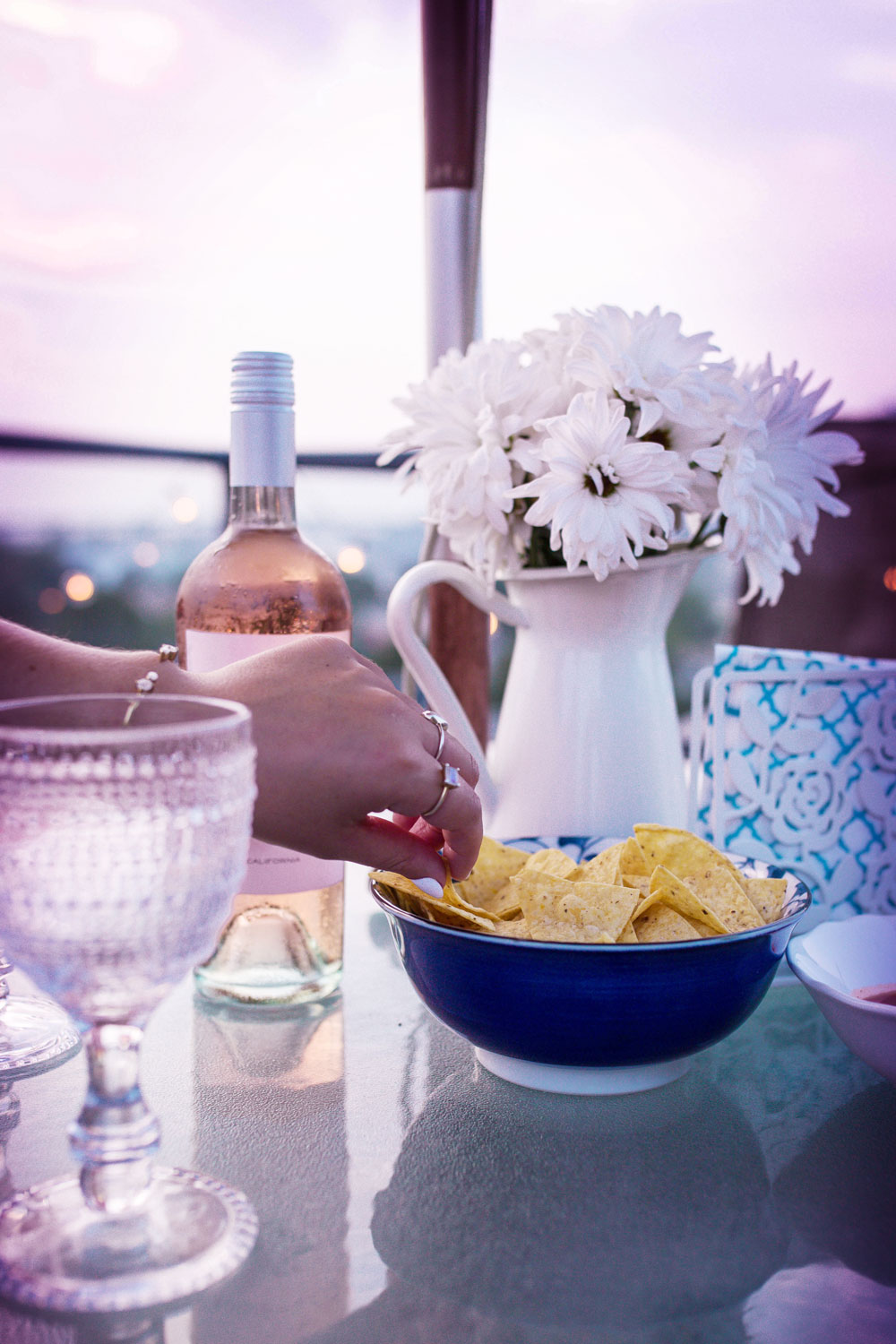 How to host a patio party by To Vogue or Bust
