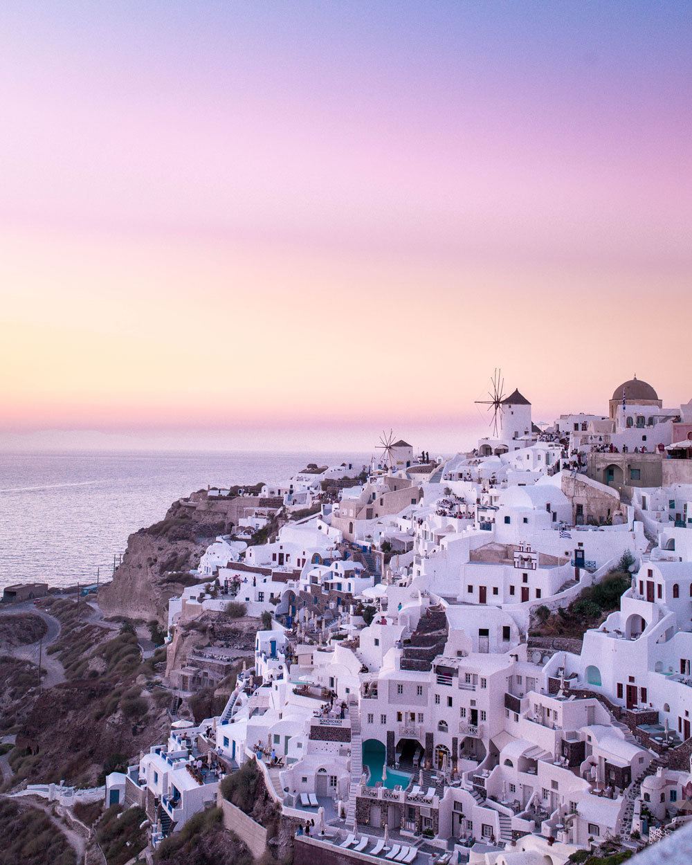 How to start a travel blog by To Vogue or Bust