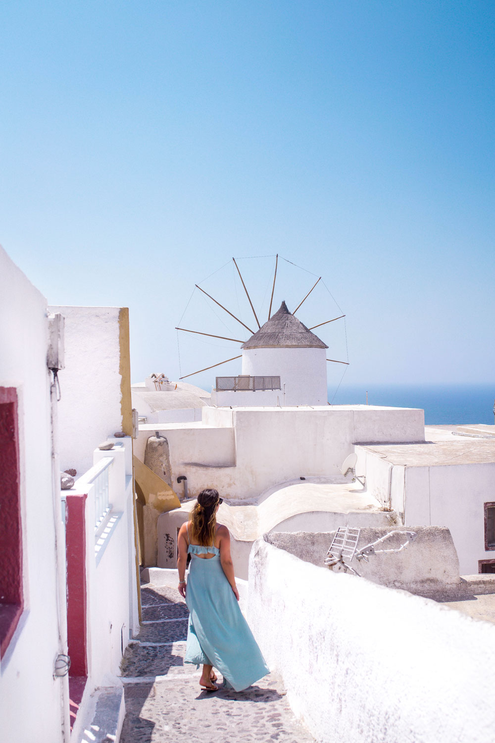 Santorini trip itinerary by To Vogue or Bust