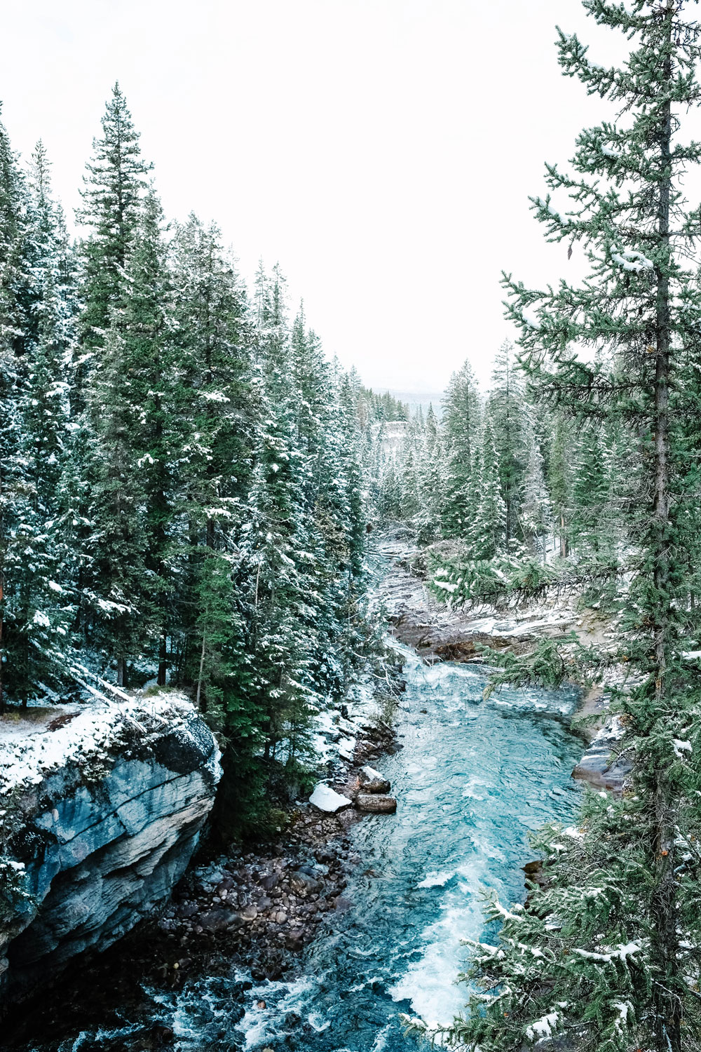What to do in jasper maligne canyon walk by To Vogue or Bust