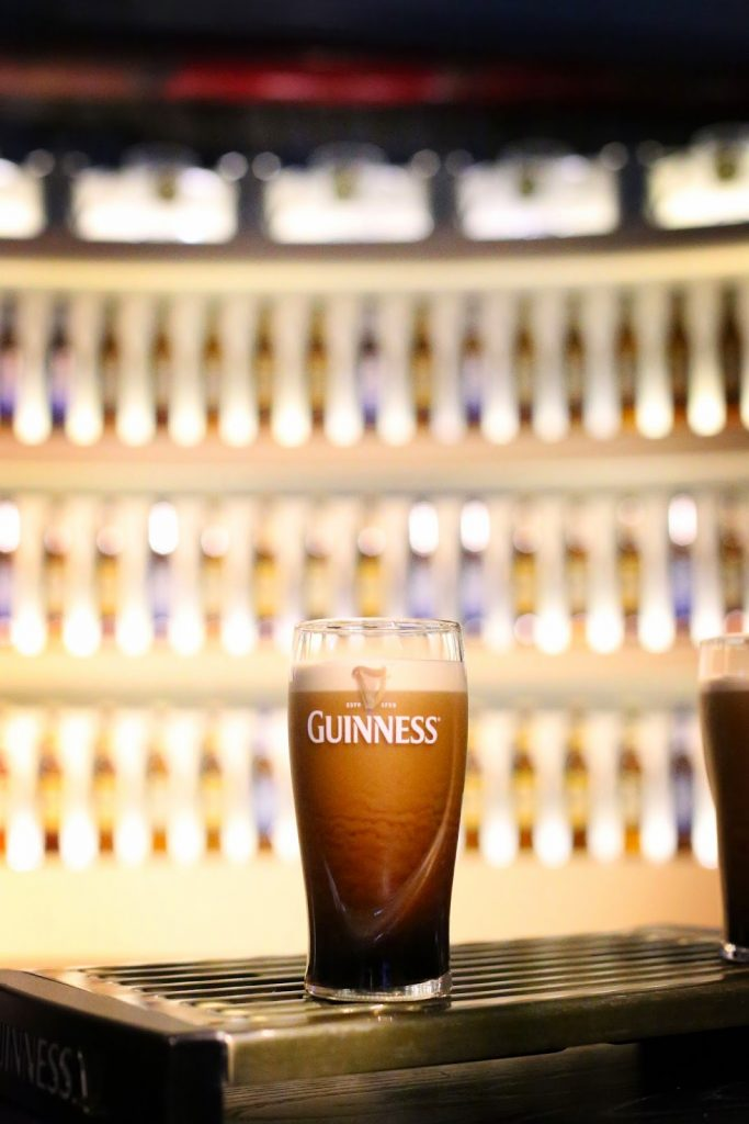 how to poour a pint of guinness by To Vogue or Bust
