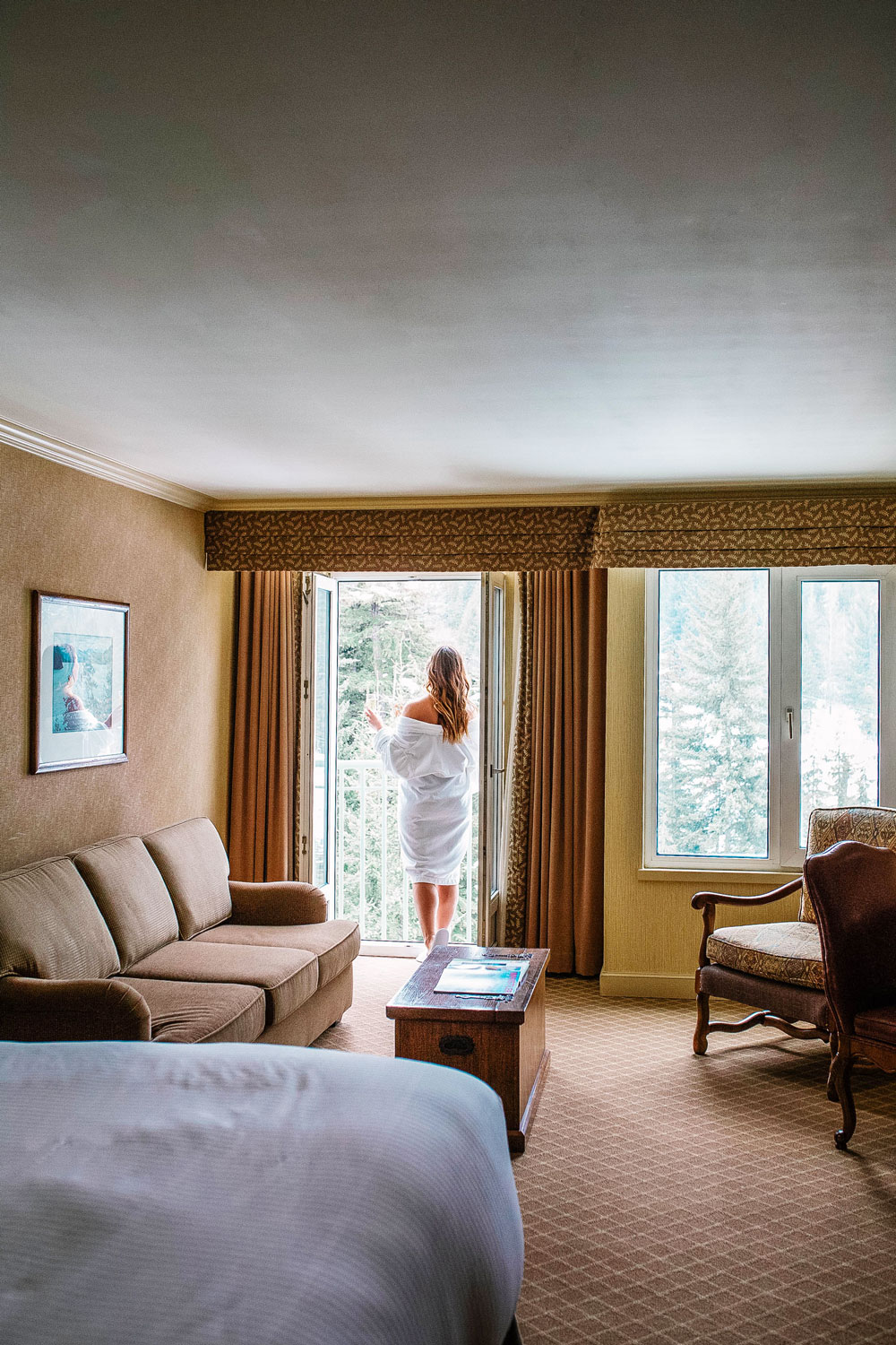 fairmont chateau rooms review by To Vogue or Bust