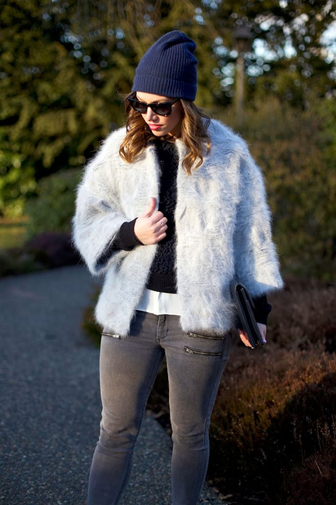To Vogue or Bust in tomboy layers, Obakki jacket, Rachel Roy sweater, Rachel Roy blouse, James Jeans crux skinny jeans, J.Crew Everly heels, vintage bag, Joe Fresh beanie, vancouver style blog, vancouver fashion blog, vancouver fashion, vancouver style, canadian fashion blog, alexandra grant