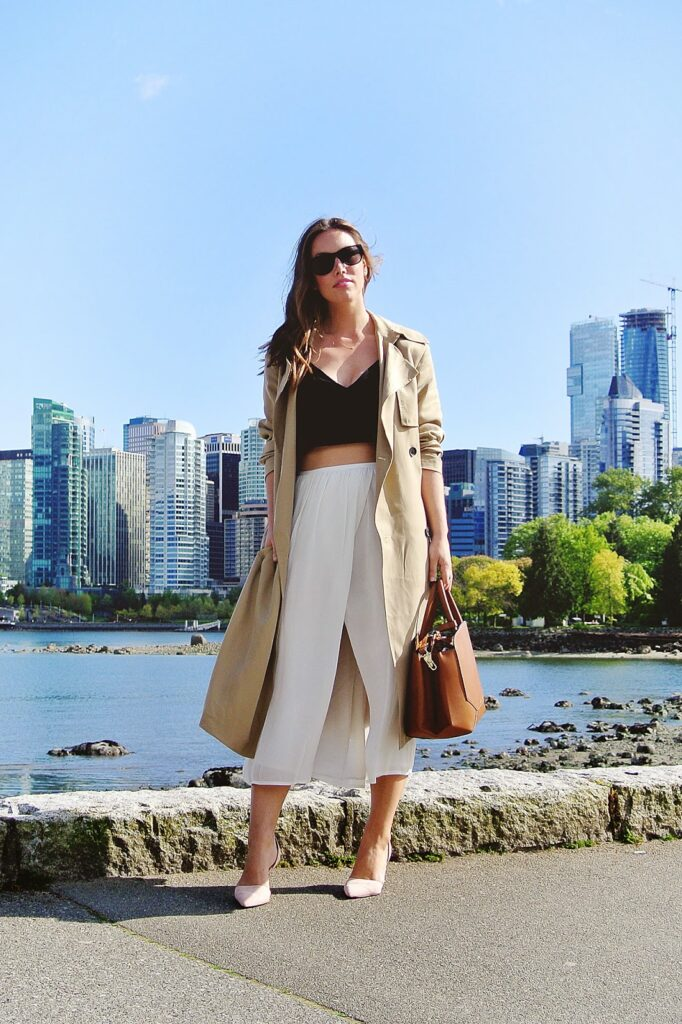 to vogue or bust, vancouver style blog, vancouver fashion blog, vancouver lifestyle blog, vancouver fitness blog, vancouver health blog, vancouver travel blog, canadian fashion blog, canadian style blog, canadian lifestyle blog, canadian fitness blog, canadian health blog, canadian travel blog, alexandra grant, tobruck ave, the august diaries, a fashion love affair, top vancouver bloggers, top vancouver blogs, best vancouver bloggers, best vancouver blogs, aritzia nowhere everywhere, aritzia trench coat, aritzia slit skirt, auxiliary bega bag, j.crew elsie d'orsay pumps, aritzia wilfred fenou bra top, aritzia babaton tory skirt, aritzia babaton nicky trench coat, aritzia summer collection, how to wear a crop top, how to wear a side slit skirt, how to wear a trench coat, transition spring outfits, spring 2015 trend report, best fashion blogs, best style blogs, best lifestyle blogs, best travel blogs, best fitness blogs, best health blogs, top fashion blogs, top style blogs, top lifestyle blogs, top travel blogs, top fitness blogs, top health blogs