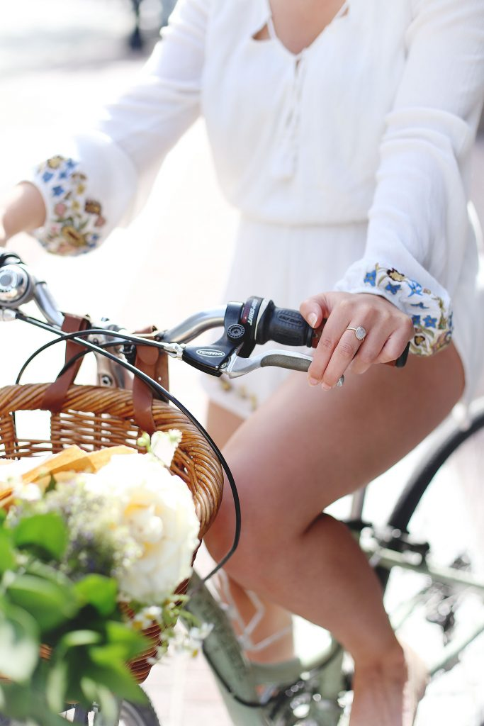 How to look cute bike riding