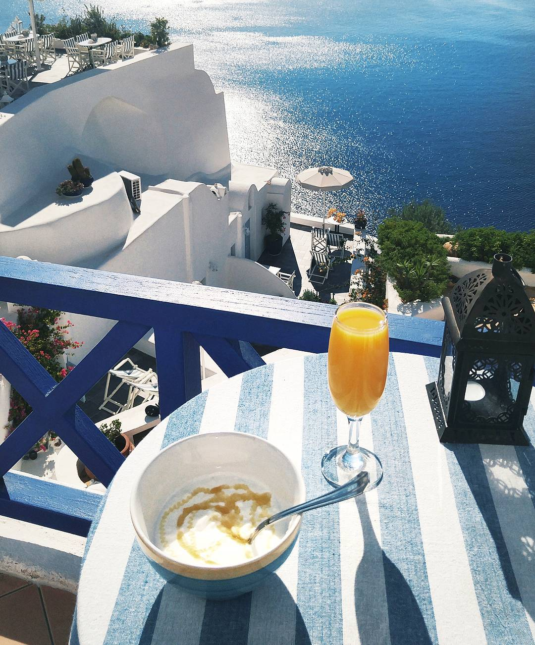 Where to find the best breakfast in Oia, Santorini