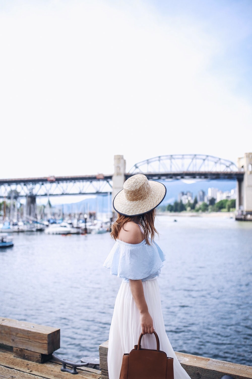 How to style a boat hat for summer by To Vogue or Bust