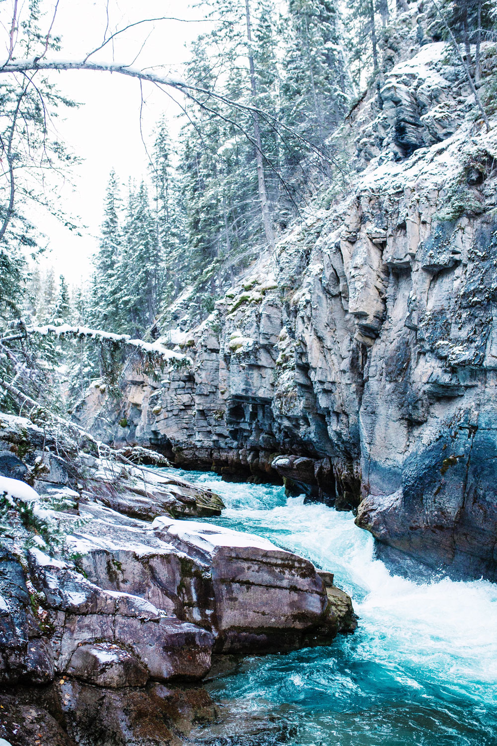 Glacier lakes rivers jasper what to do by To Vogue or Bust