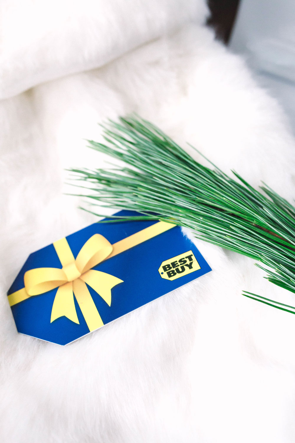Best buy gift card by To Vogue or Bust