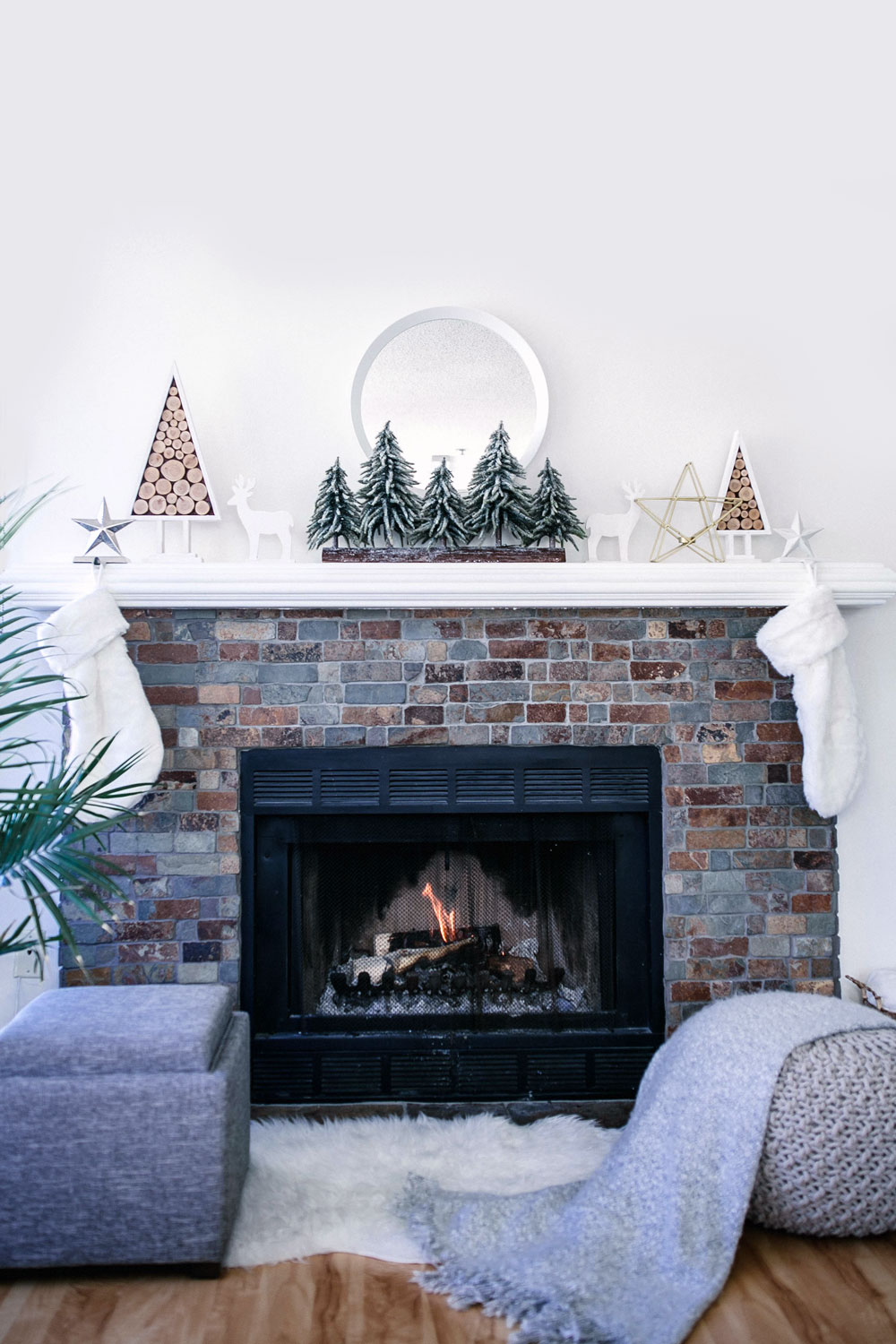 How to style a mantle by To Vogue or Bust