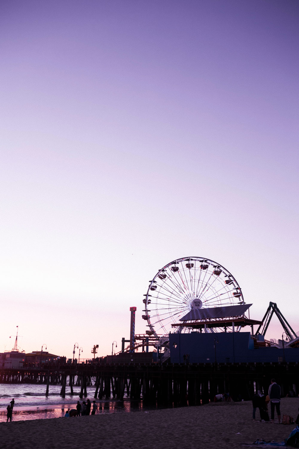 santa monica pier by To Vogue or Bust