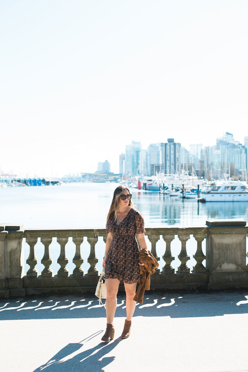 what to do in vancouver sea wall stanley park by To Vogue or Bust