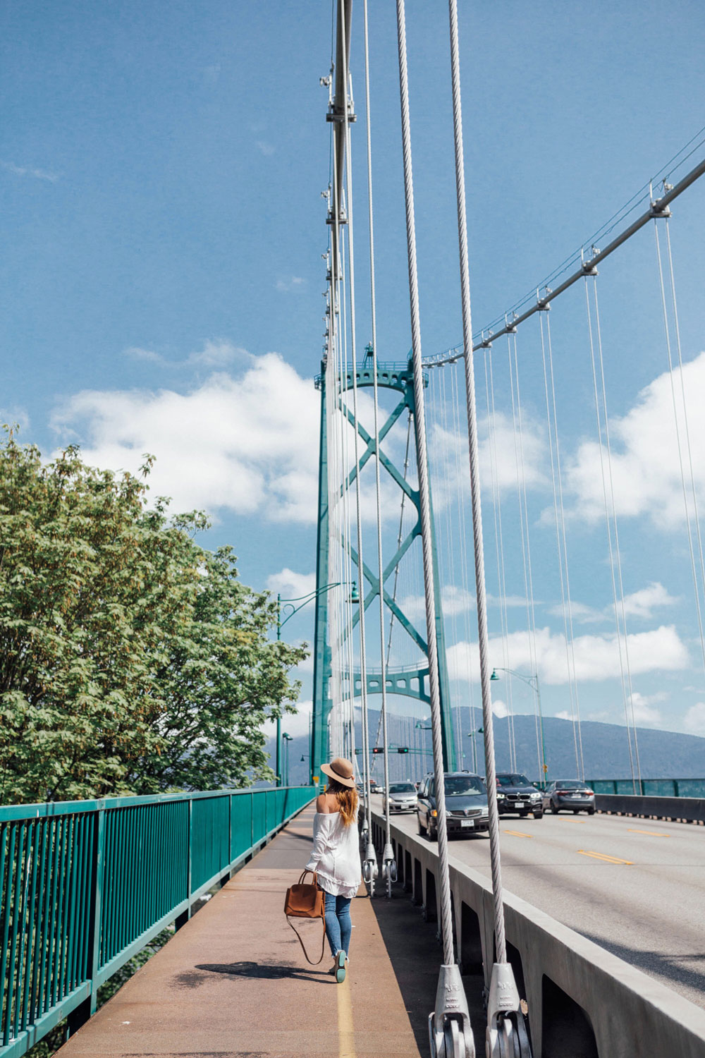 vancouver travel guide by To Vogue or Bust