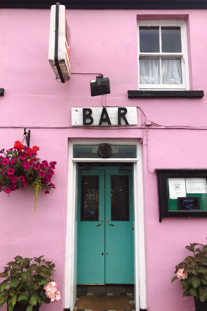 Cutest Pubs of Ireland