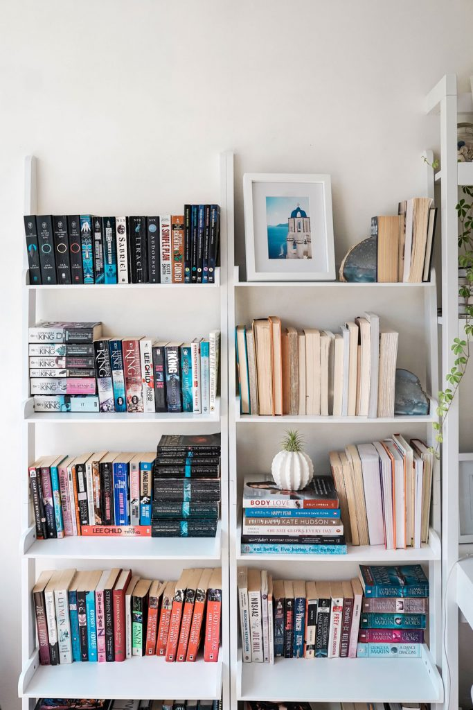 Bookcases for small apartments